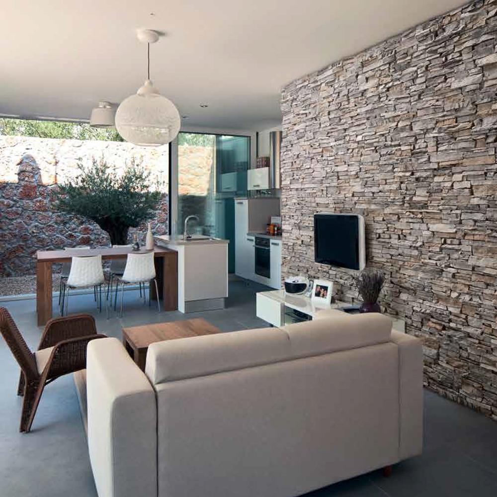 Rivestimento in pietra per interno ed esterno siena brigros for Rivestimento interno per piscina prezzi
